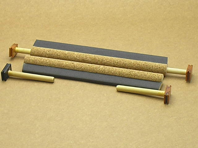 Poleiro C/ Cortiça E Lixa 15mm Malha Larga